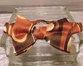 Vintage Mans Bowtie Tie Cravat  Abstract Design  Wrap Stye Fully Adjustable