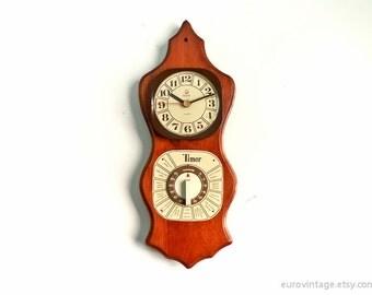 Vintage Kitchen Wall Clock Wodden Timer Kitsch 70s 80s