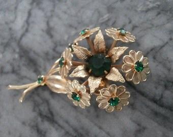 Green Glass Daisy Bouquet Pin Brooch