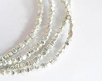 """260 of Karen Hill Tribe Silver Faceted Seed Beads 1.6 mm. 13"""" :ka3513"""