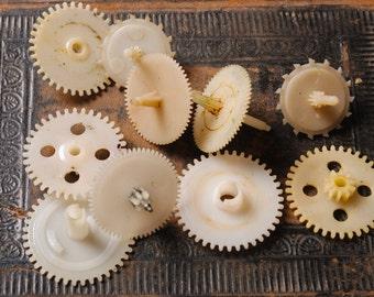 Set of 10 Vintage plastic clock parts, gears