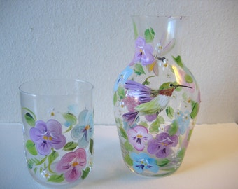 bedside carafe with hummingbird and pansies, gift for mom, same pattern , new design has a ribbed base