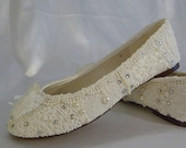 Sweet Wedding Ballet flats..vintage lace bridal shoes .. Personalized Design .. Ivory or White .. Custom Designs .. FREE Postage within USA