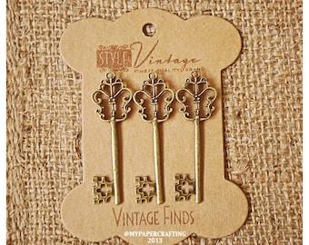 Antique Vintage Keys Brass Charm Metal