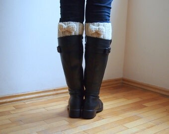 Crochet pattern women bow Boot cuffs,  leg warmers short chunky socks knit look, DIY photo  tutorial, PDF