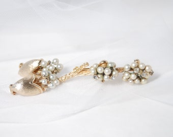 Classy Pastelli - Pearl and Rhinestone - Gold Tone Brooch and Earrings