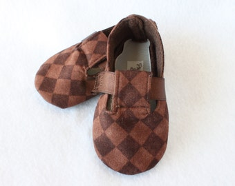 CHECKERED-Brown Check Baby Boy Bootie, Soft Sole, Golf, Toddler, Cloth