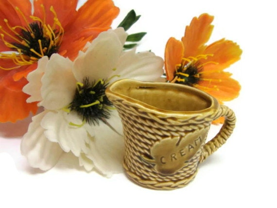 Basketweave Cream Pitcher in Harvest Gold