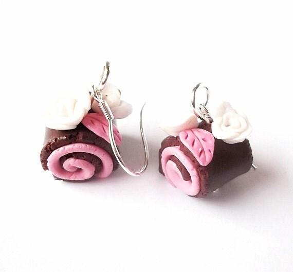 Swiss Roll Earrings Cake Earrings  ( raspberry cake earrings pink earrings polymer clay food miniature food  cute earrings food earrings )