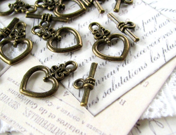 10 Sets Antique Bronze Heart Toggle Clasps / Brass Ox Toggle Clasps ... Lead, Nickel & Cadmium Free Jewelry Findings 1526Y.Q