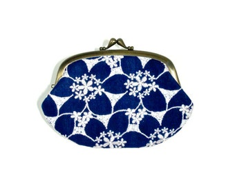 Embroidered Small Flower Navy and White Compartment Purse Wallet