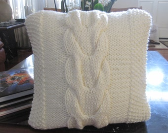 Ready-Made Knit Pillow---V CABLES in CHUNKY CREAM  (16in)