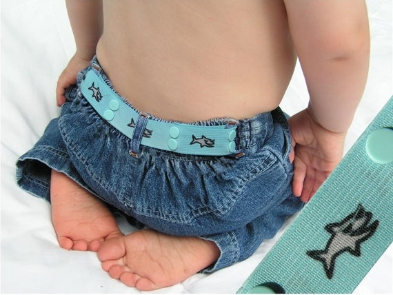 "Toddler Belt - Elastic Snap Belt - ""Shark Dude"""