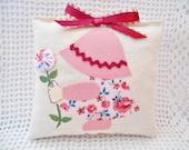 Pink Sunbonnet Girl - Lavender Sachet - Applique