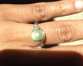 Honeydew Green Pearl Silver Ring, Size 6.5, Etsy jewelry, Lilyb444