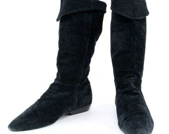 80s Black Suede Flat Boots, New Wave soft leather slouchy folded pull on simple minimalist grunge boho hippie winter shoes