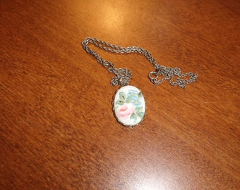 vintage necklace handpainted porcelain