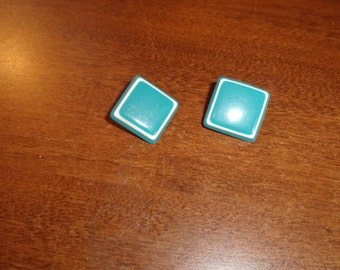 vintage clip on earrings turquoise white