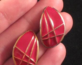 Retro Red Diva Earrings