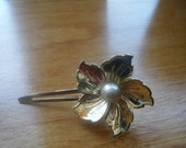 Floral Gold Tone Hair Clip with Pearl,
