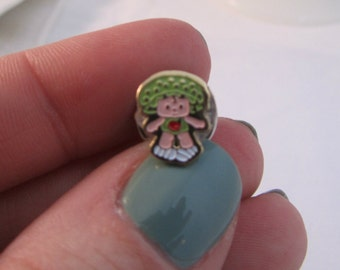 Strawberry Shortcake Apple Dumplin' Vintage Cab Pin