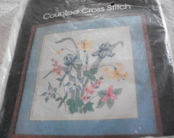 Iris Cross Stitch Kit: Comes with Fabric, Floss & Directions