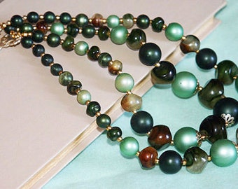 Vintage Green Pearl Beads with Marbled Green / Brown Beads Double Strand Beaded Necklace