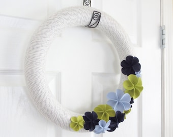 Spring Yarn Wreath. Chartreuse Green and Navy Blue Felt Flowers. Wreath Felt Flowers for Spring Easter Wreath.