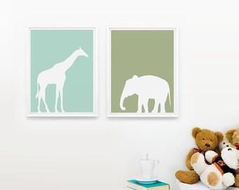 Safari Animals Nursery Art Print Set of 2, Personalized Nursery Decor, Jungle Zoo wall art Giraffe, Elephant, Children room decor