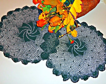 2 Crocheted Doilies Vintage Doilys Forest Green Lot  A608