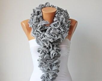 Ruffle scarf ,scarf, acrilyc  yarn, crochet scarf in grey