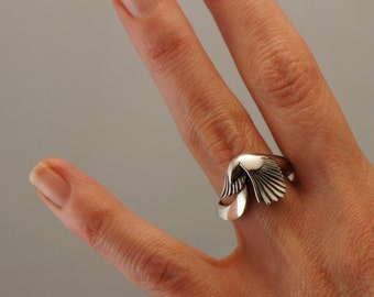 silver Magpie ring