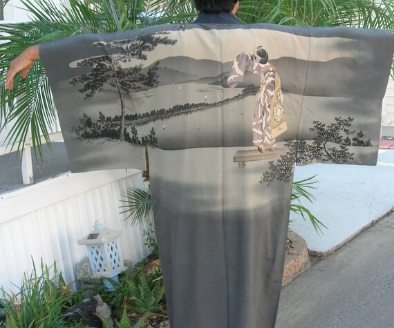Longer Japanese Silk Nagajuban/Kimono/Robe, hand-painted, geisha, Madame Butterfly