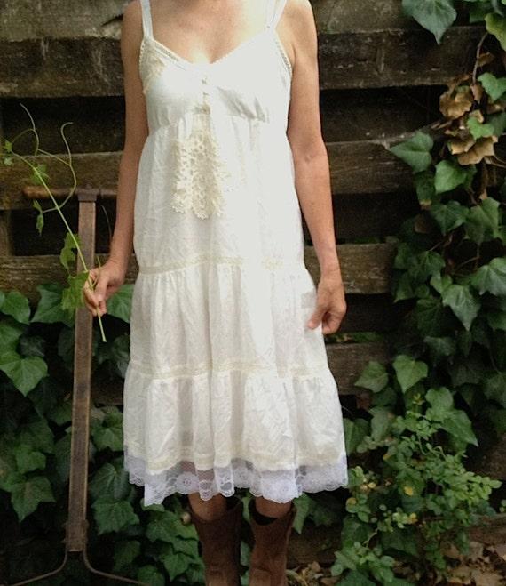 Prairie bride off white ecru rustic wedding vintage lace doily summer mountain forest bride party sundress
