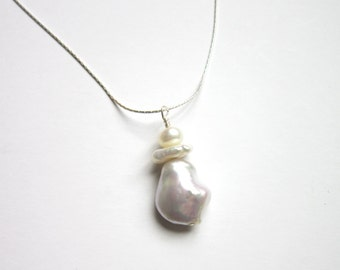 "SALE Pearl Freshwater pearl 16"" pendant  necklace"