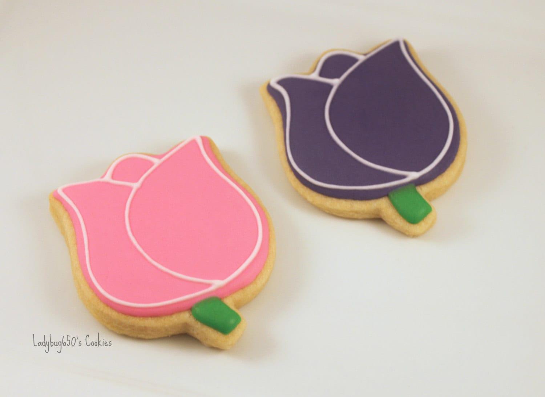 12 Tulip cookies handmade & iced by ladybug650 on Etsy