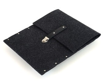 "MacBook 15"" Pro case sleeve bag black synthetic felt briefcase with leather strap handmade by SleeWay"