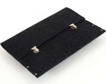 MacBook Pro 15 or 15 Retina briefcase black synthetic felt bag cover handmade by SleeWay