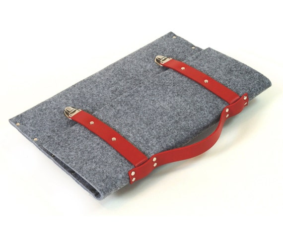 Macbook 13 Pro briefcase cover case bag grey felt with red leather straps and handle made by SleeWay