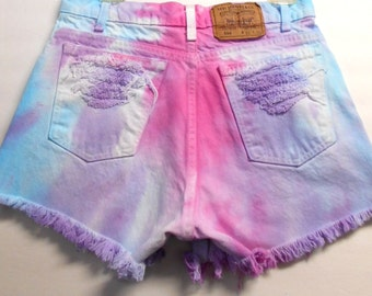 Vintage LEVIS High Waisted TIE  Dyed  Denim Shorts - Studded ---Waist 30 inches