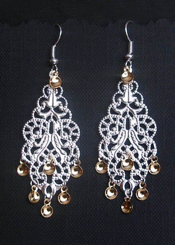 Kjerstin - Traditional Norwegian Filigree Solje Style Earrings with Golden Drops
