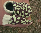 Baby Shoes w/ Poppy Pods and Leaves - Green and Brown - Custom Sizes 0-24 months
