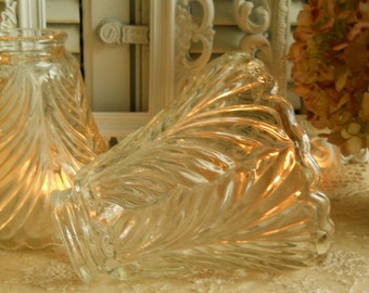 Pair of Two (2) Vintage Thick Heavy Clear Glass Globes/Shades Open Leaf Pattern Pair Vintage Home Decor Lighting