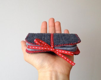 Felt Needle Book Case Organizer ø Graphite ø LoftFullOfGoodies