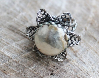 Vintage Silver Flower Ring with Pearl