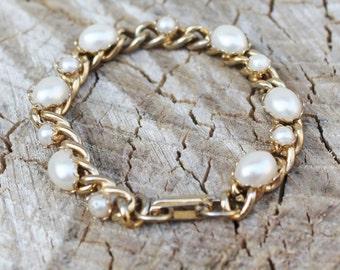 Vintage Gold Curb Link Braclet with Pearls- Bridal Braclet