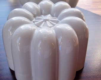 Vintage Jelly Mould, Victorian Stoneware, Original Shelly Mould,Very Detailed Jelly /Blancmange / Tureen Maker