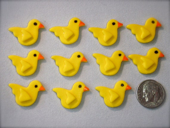 Decorating Cake Pops Fondant : Tiny Yellow Ducks Fondant Decorations for Cake Pops Mini