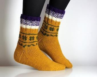 Beautiful hand knit wool socks, size  - small, 6 US, 36 EU