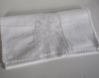 Vintage White Linen with Crocheted Edges and Floral Center Table Runner / Dresser Runner